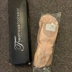 Ballet slippers size 3